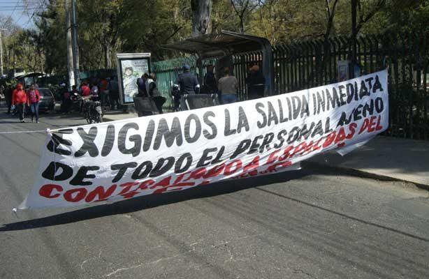Marcha el  Sindicato de Trabajadores y Empleados de la Universidad Autónoma Benito Juárez de Oaxaca