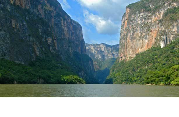 """Medio millón de visitantes  recibe el """"Cañón del Sumidero"""""""