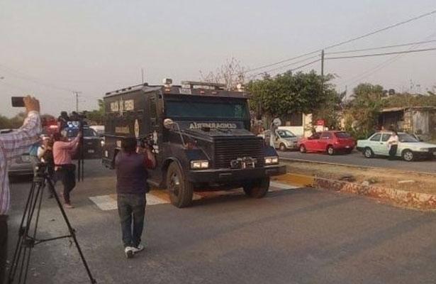 """""""Pasean"""" diez horas a Roberto Borge en Morelos"""