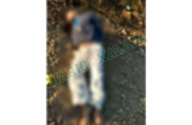 Tiran cadáver en calles de la Reserva del Tronconal, en Xalapa