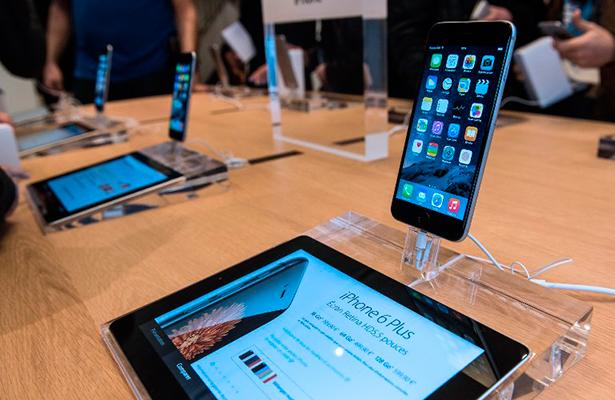 """La justicia francesa abre una investigación contra Apple por """"obsolescencia programada"""""""