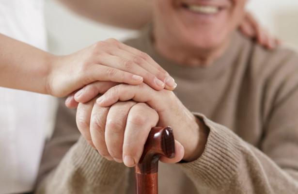 Proponen remuneración a quienes cuidan a adultos mayores: ALDF