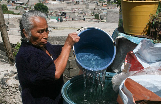 Reducen suministro de agua a CDMX en 50%