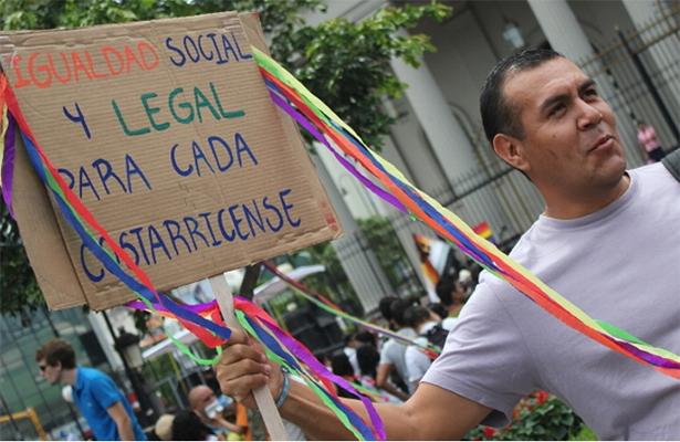 La Corte Interamericana insta a avalar el matrimonio homosexual
