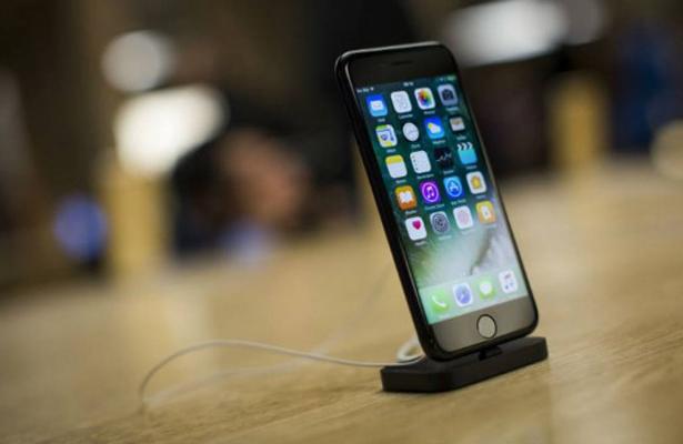 iPhone sobrecalentado obliga a evacuar tienda en Suiza