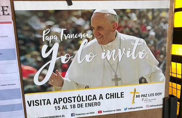 Papa Francisco promete llevar paz y esperanza a Chile y Perú durante su visita