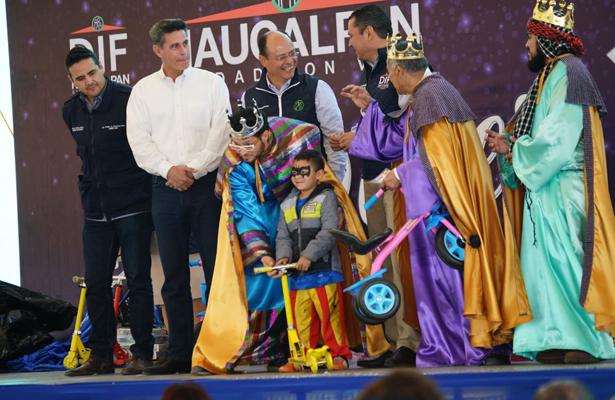 Llegan Reyes Magos a Naucalpan