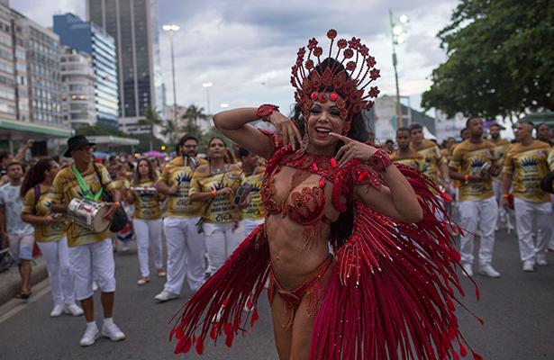 Rio de Janeiro espera 1,5 millones de turistas para el Carnaval