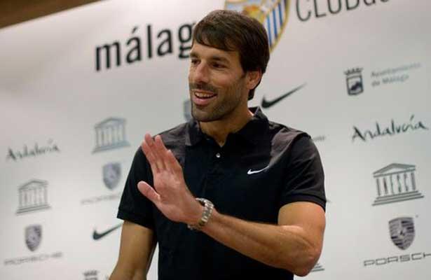 """""""Chucky"""" Lozano es un jugador único: Van Nistelrooy"""