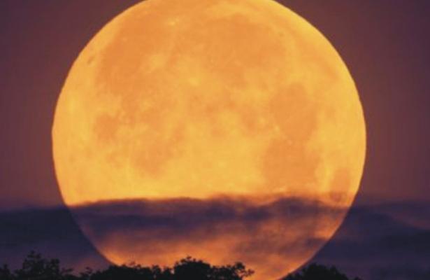 Una Súper Luna iluminará la primera noche del 2018