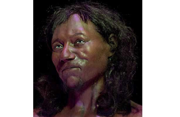 Pa´l face, el primer británico era negro y de ojos azules