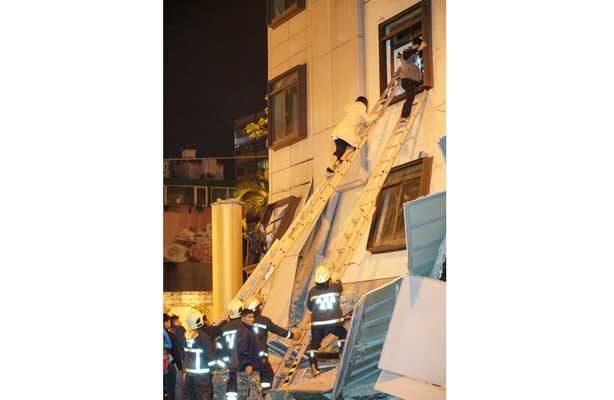 Taiwán confirma dos muertos y más de 200 heridos por sismo