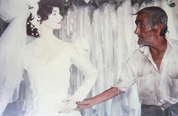 """Arturo Chávez el """"eterno enamorado"""" de un maniquí"""