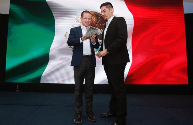Ricardo Anaya asegura que le va a ganar a López Obrador