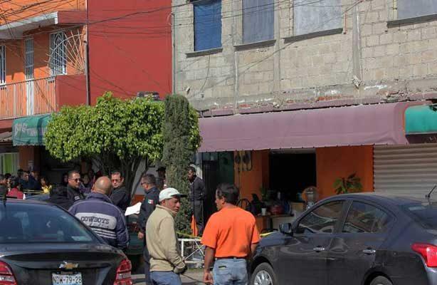 Asesinan a excomandante de Cusaem dentro de una fonda