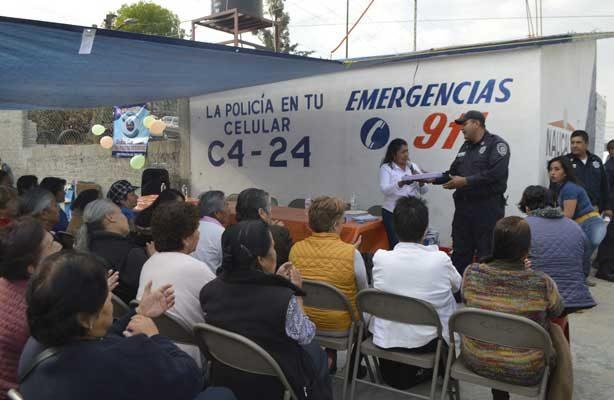 Rehabilitan casetas de vigilancia en Naucalpan