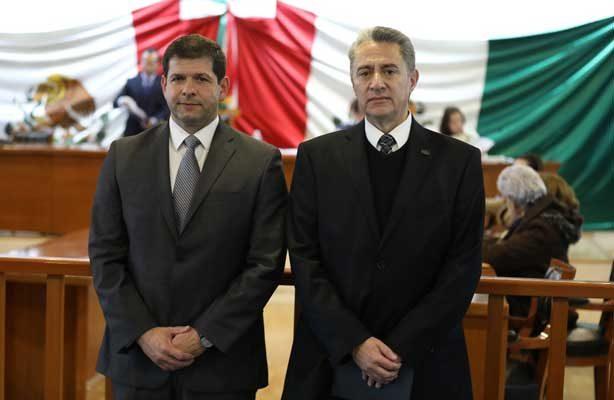 Nombran nuevos funcionarios en Naucalpan