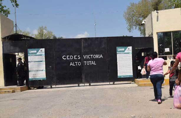 Riñen internos del penal de Ciudad Victoria