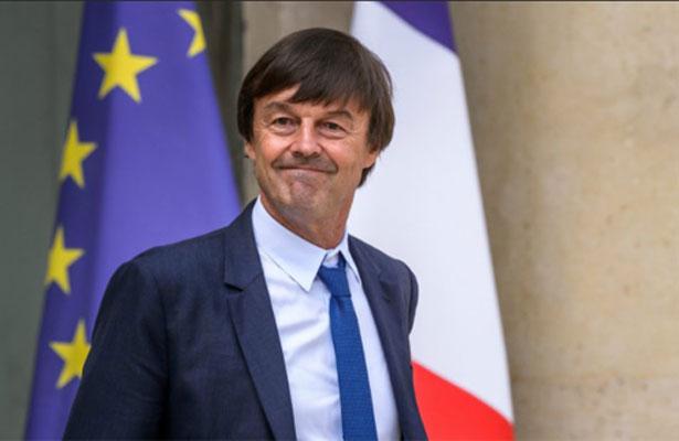 Acusan de acoso sexual a ministro estrella de Macron