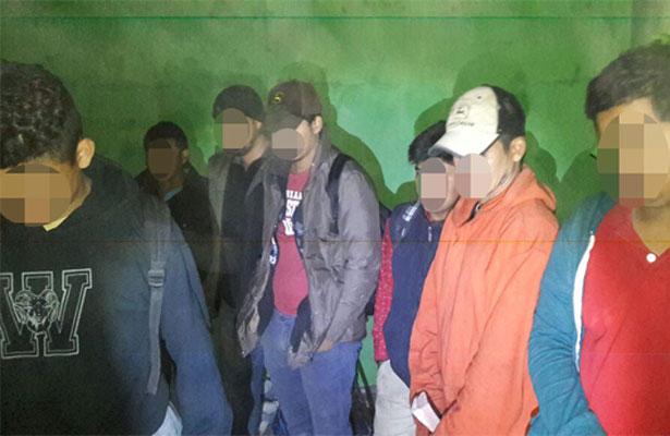 Rescatan a 44 migrantes centroamericanos