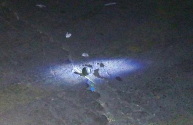 Arrojan granada al estacionamiento del mercado Hidalgo