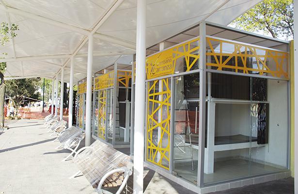 V. Carranza alista área de descanso para familiares de pacientes de Hospital Balbuena