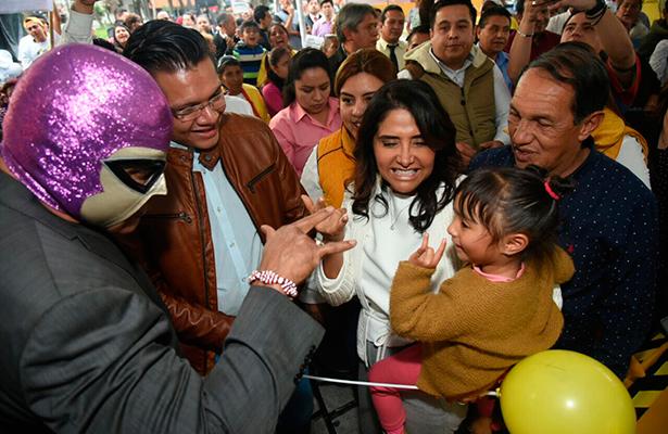 Se reúne Barrales Magdaleno con vecinos de la delegación Cuauhtémoc