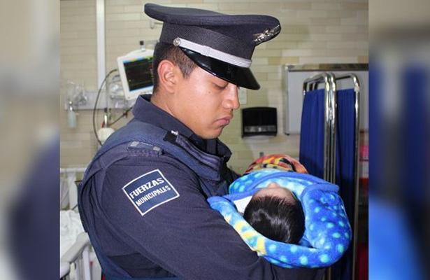 Tiran a la calle a un recién nacido