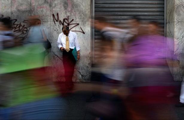 Caracas vive por segundo día en la oscuridad