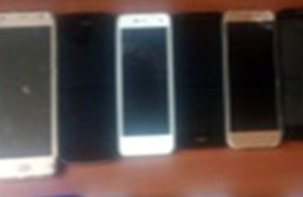 Los cachan con celulares de dudosa procedencia, en el Edomex