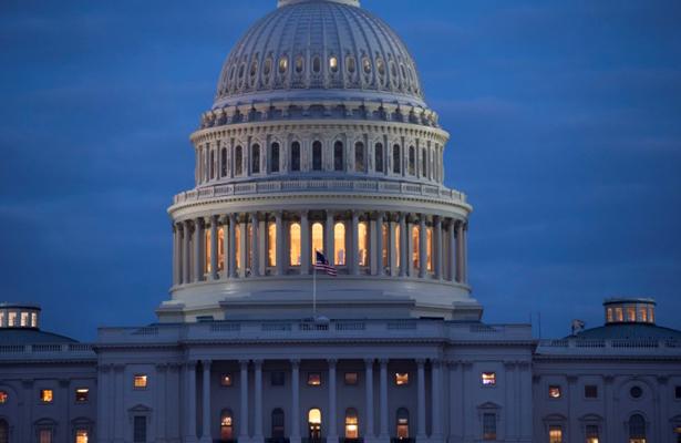 Congreso de EU aprueba presupuesto para reabrir el gobierno