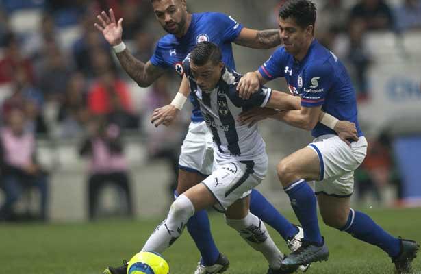 Cruz Azul sacó el empate de último minuto