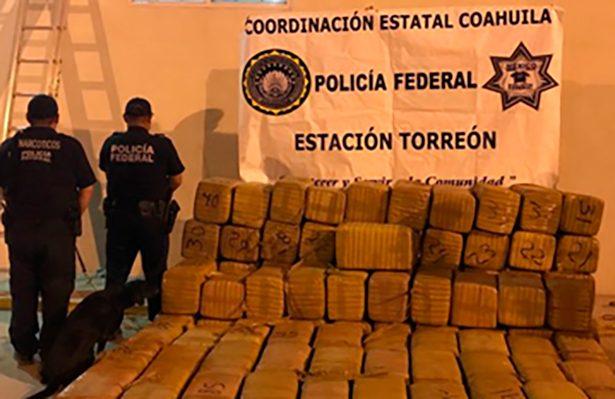 Binomios caninos de la PF detectan una tonelada de marihuana en Coahuila