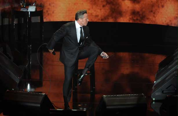 Inicio radiante de Luis Miguel en el Auditorio Nacional