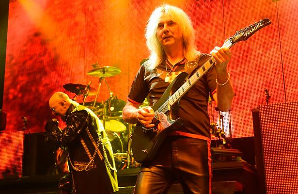 El guitarrista de Judas Priest se retira de gira por el párkinson