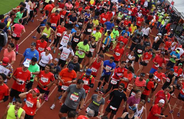 Maratón CDMX 2018 va por 42 mil corredores: Mancera
