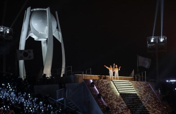 Las dos Coreas lanzan un mensaje de paz en apertura de Juegos de Pyeongchang