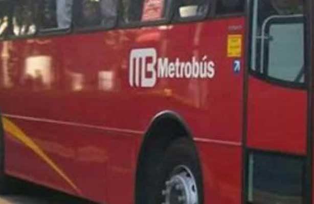 Otro ciclista arrollado por el Metrobús
