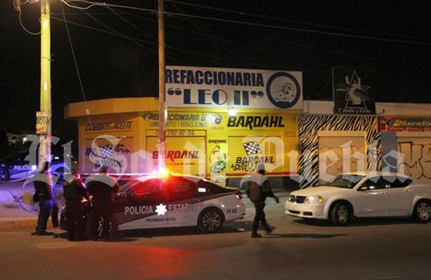 Se golpea la cabeza y muere en calles de Puebla