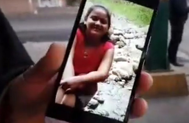 Desaparece niña de 10 años luego de no poder bajar del camión