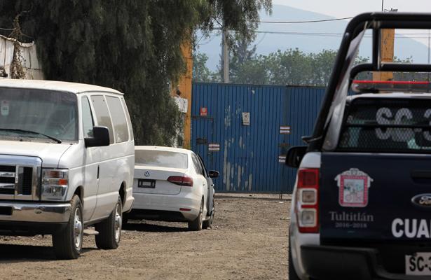 Empresa de hidrocarburos asegurada por la PGR en Tultitlán