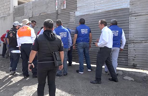 Suspende  gobierno de Ecatepec comercios por acumular visceras de animales