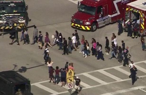 Se registra tiroteo en un colegio de Florida