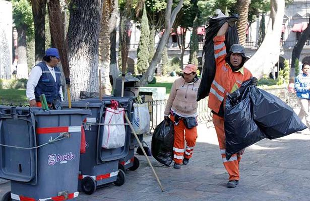 Otorga GCDMX derechos laborales a 10 mil trabajadores de limpia