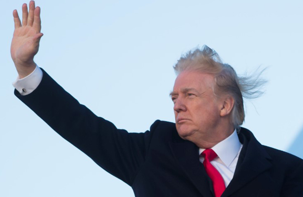 Trump se dice reivindicado tras publicar informe sobre la trama rusa