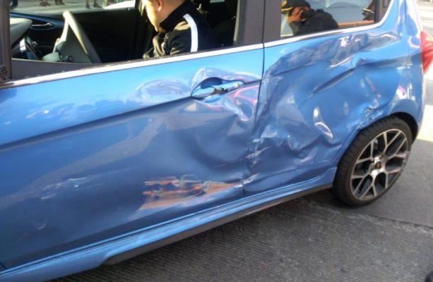 #Video Choque entre Metrobús y auto en Calzada de los Misterios