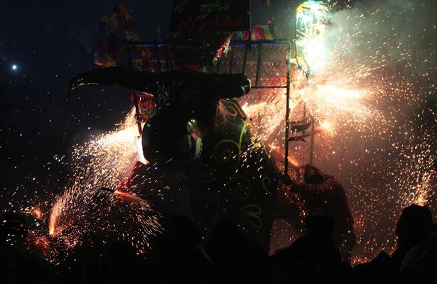 Fotorreportaje / Fiesta brava luminosa