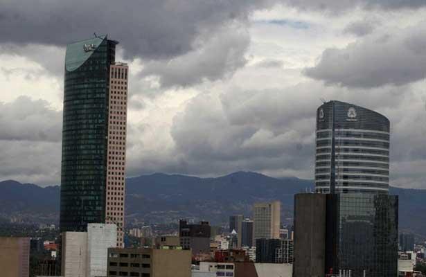 Prevén chubascos vespertinos en el Valle de México