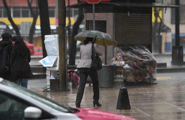 Prevén lluvia dispersa en la Ciudad de México