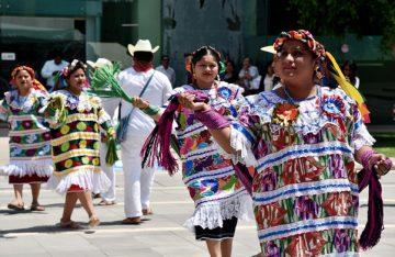 Trajes regionales son ahora patrimonio inmaterial de Oaxaca: Diputados
